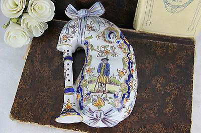Gorgeous French QUIMPER faience pottery Bagpipe Wall Vase 1920 marked