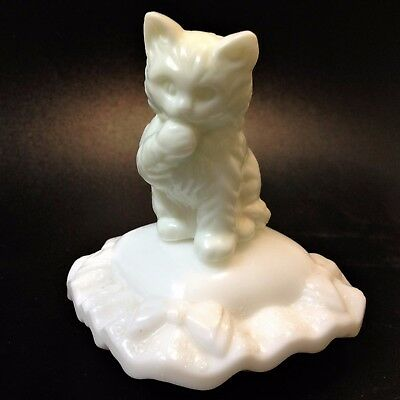 "1960s Avon White Milk Glass Collectible - ""Sitting Pretty"" Kitten Perfume Bottle"