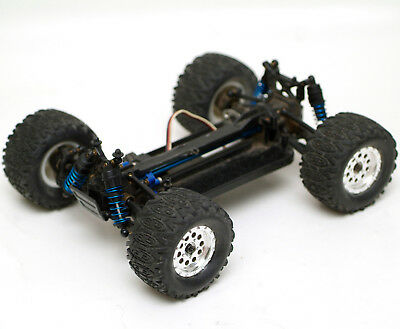 Team associated 1/18 RIVAL 4WD RC car, with servo, no motor (mount present)