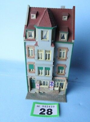 Kibri 'ho/oo' Gauge Kitbuilt High St Shops/apartments Building #28