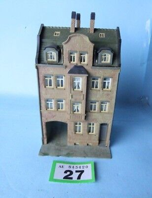 Kibri 'ho/oo' Gauge Kitbuilt High St Apartments Building #27