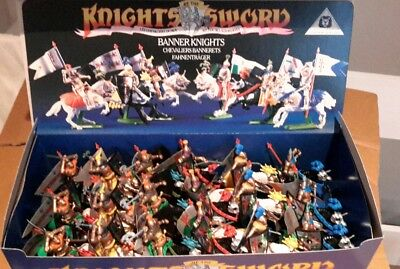 BRITAINS Knights of the sword. Counter pack 18 banner knights 7782 made in UK.