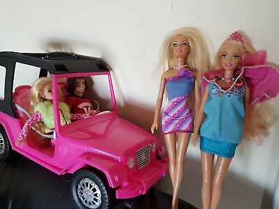 Barbie dolls x4 plus Jeep matel