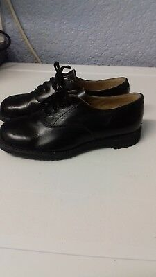 Vintage leather girls lace up shoes size 12