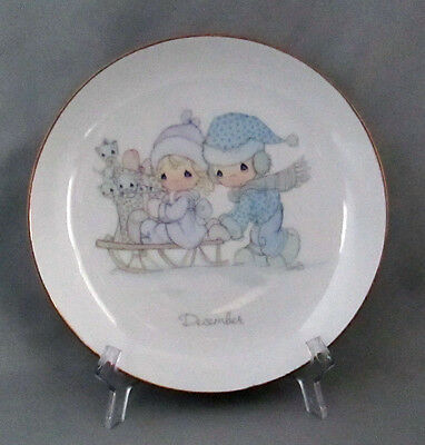 Vintage Precious Moments Collectable Plate December Boy Girl Sled Kittens 1983