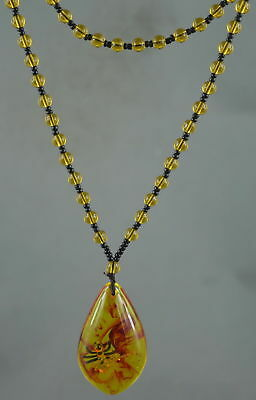Collectable Handmade Amber Inside Inlay Ants Royal Pray Bring Lucky Necklace