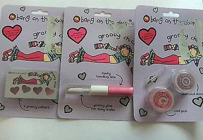 Groovy Chick Bang On The Door Make Up x3