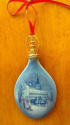Royal Copenhagen Christmas Ornament 1992 - w/box