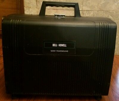 Bell Howell 16MM Filmosound 3592 Projector Works great