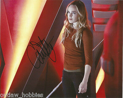 Caity Lotz Legends of Tomorrow Autographed Signed 8x10 Photo COA #3