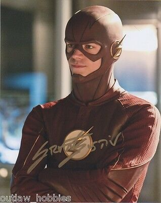 Grant Gustin Flash Autographed Signed 8x10 Photo COA A3