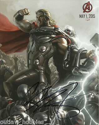 Thor Chris Hemsworth Autographed Signed 8x10 Photo COA