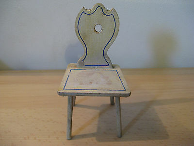 For a larger dollhouse...beautiful antique chair Moritz Gottschalk 1895!