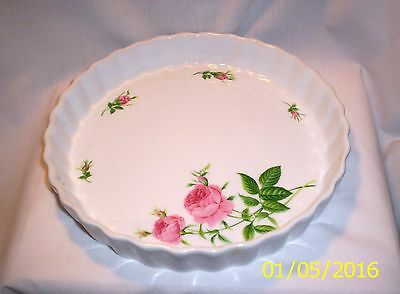 Kitchen E482  Quiche Dish with Roses
