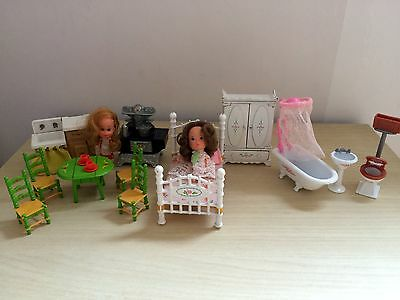 Mattel Metal Dollhouse Furnishings And Dolls Cleveland The Littles Original '80