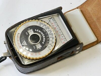 Leningrad 4 Exposure Light meter, comes with case, suitable for vintage camera