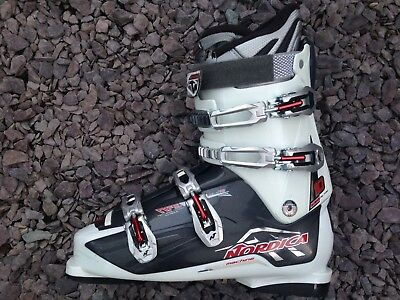 Used Once. Men's Size 11/12 Nordica Sportmachine 10 With Ski Boots Bag. Mon 30.0