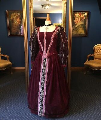 Amazing Elizabethan Style Theatrical Court Dress, Gorgeous Detailing, Top Item!
