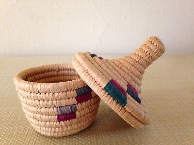 Makuu Wishing Basket (Small) with Lid, Handwoven in Uganda