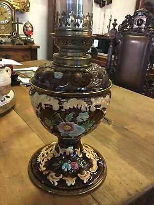 RARE c.1890 ANTIQUE MAJOLICA PORCELAIN  KEROSENE OIL LAMP ORIGINAL CONDITION