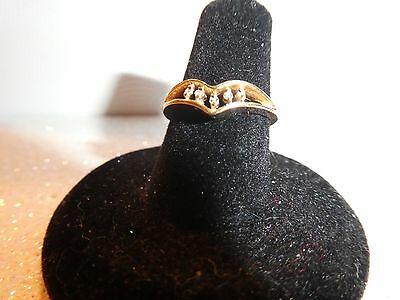 Vintage Ladies 10K Gold Multi Diamond Ring