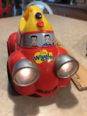 The Wiggles! 2004 Big Red Car Toy With Flashlight And Music. Yellow Greg!