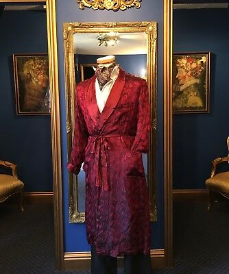 Handsome Men's Period Dressing Gown, Beautiful Fabric, Low Start Price!!
