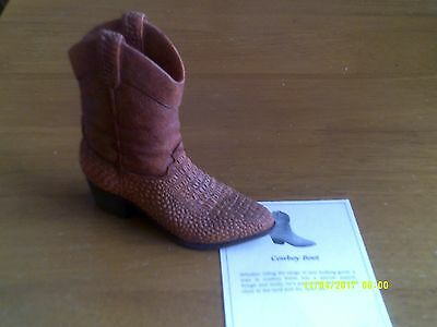 JUST THE RIGHT SHOE- BY RAINE  Cowboy Boot