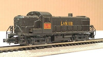 Kato N Scale - L&N - Louisville And Nashville RS-3 Diesel Locomotive