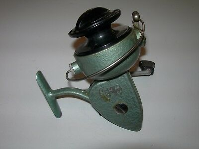 Vintage Bretton 804 Spinning Reel. Made in France. Works Perfectly & Looks Great