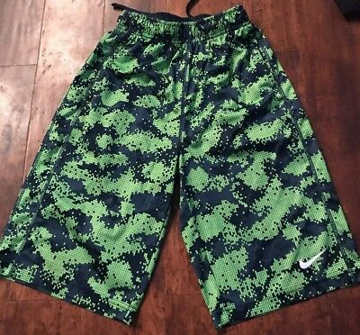 NIKE BOYS DRI FIT ATHLETIC SHORTS, SIZE L With Pockets Perfect Condition