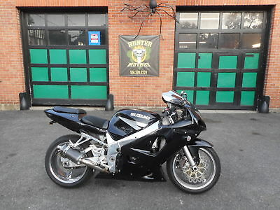 2003 Suzuki GSX-R  2003 SUZUKI GSXR 600 SPORT BIKE  FUEL INJECTED POLISHED FRAME CHROME RIMS NICE
