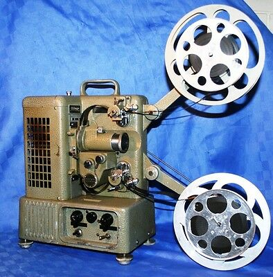 PROJECTOR HEAVEN. DITMAR 16mm & 8mm DUAL. VINTAGE MOVIE PROJECTOR.