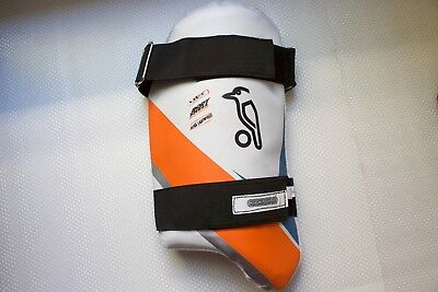 **USED ONCE** Kookaburra Blue/Orange Youth Right-Hand Thigh Pad