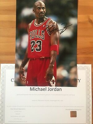 Genuine Hand Signed Michael Jordan NBA Bulls 10x8 Photo With COA