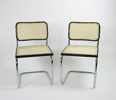 zwei Freischwinger / Stühle / cantilever chairs, Chromgestell, Made in Italy