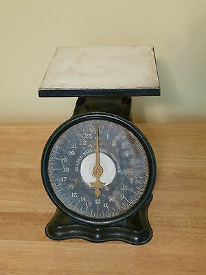 Antique Shabby Chic GREAT MAJESTIC Kitchen Scale
