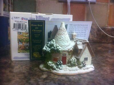 Lilliput Lane Home Brew for Christmas L3277