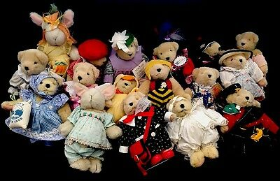 Lot of 17 Vintage Muffy Vanderbear (15) Bears and (2)Rabbits - 3 are on Stands