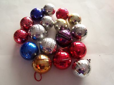 Lot Of 17 Vintage Large And Small Bradford Christmas Ball Ornaments - Prism