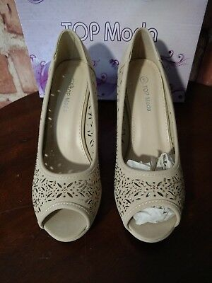 1d510b522b ENZO ANGIOLINI TAUPE MEGASTAR Laser Cut Perforated Leather Pump ...