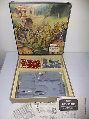 Vintage Airfix CAESAR'S GATE Playset No.1720 Boxed with Instructions 100%