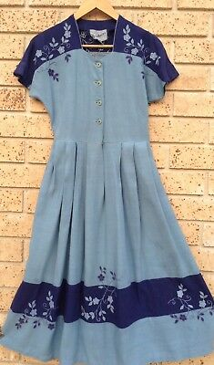 Original VINTAGE 50's Embroidered Dress Size S Button Front Sky Blue Navy AS NEW