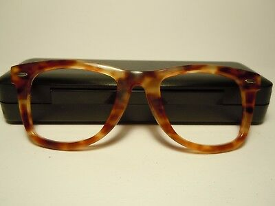 RAY BAN  Wayfarer 5022 Vintage 70's by B&L U.S. Part of frame without hinges