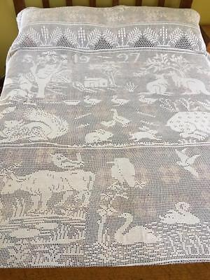 Large Australiana Fillet Crochet Bedspread 1927