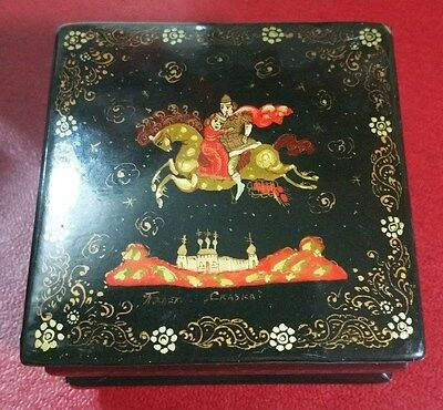"Vintage Rare ""russian Hand Painted Pill Box/trinket Box/decorative Box"" Signed"