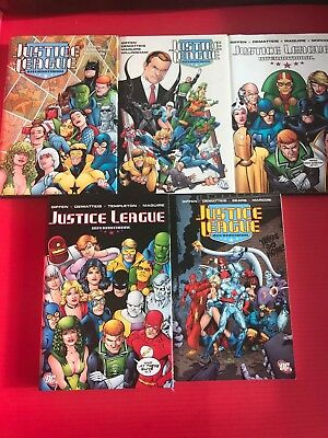 Justice League International Vol 1 -5,  Dc  Giffen, Demattis Maguire Hb