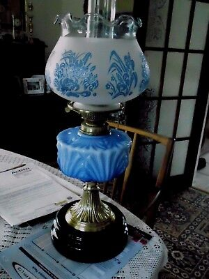 A Very Good Quality Victorian Blue Table Oil Lamp
