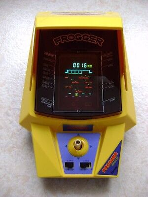 Table Top Konami Gakken Lsi Frogger Lansay type Nintendo game watch