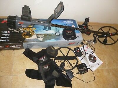 minelab ctx 3030 metal Detector still under  guarantee pluse protector covers